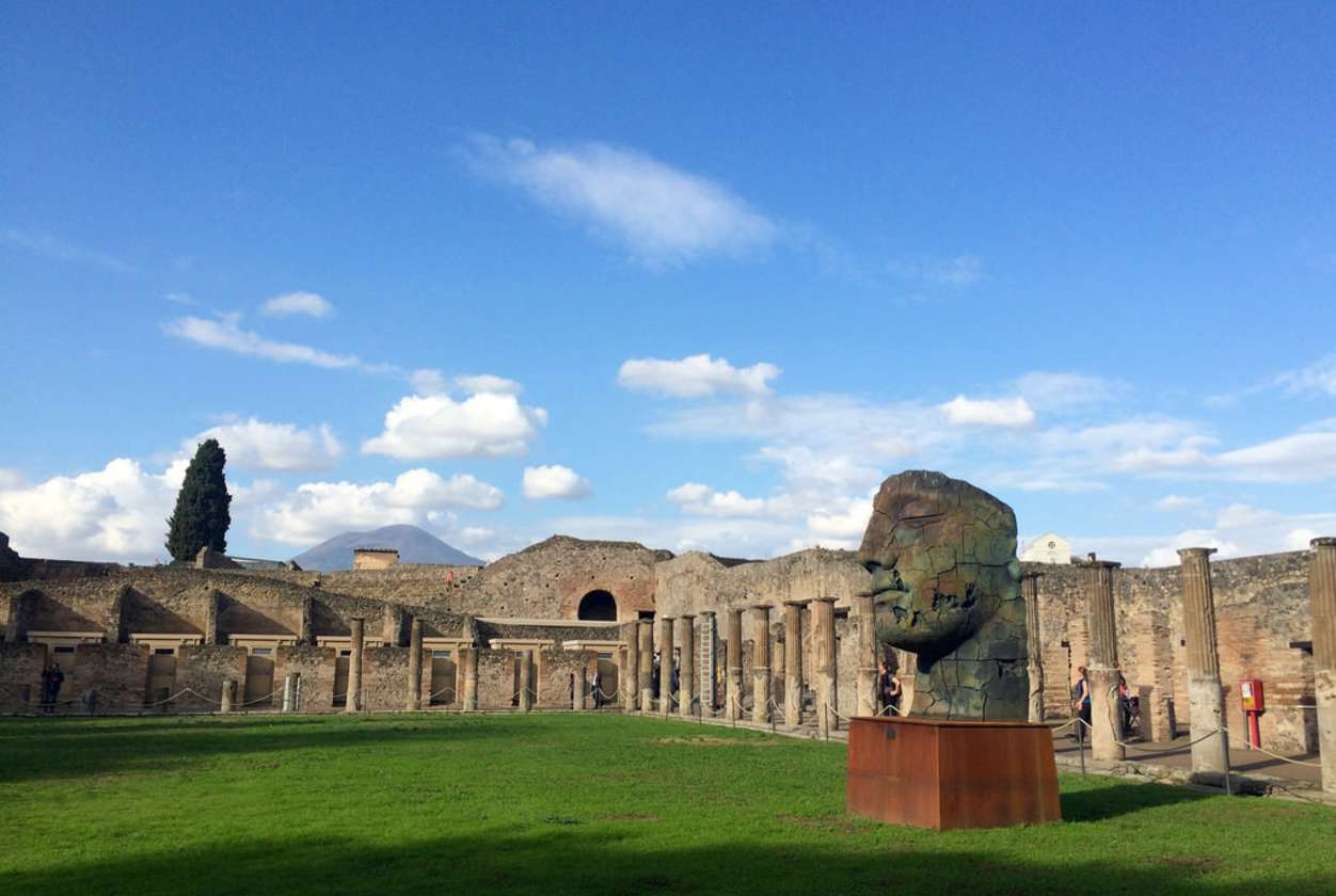 Pompeii Tour with Naples Archaeological Museum - Context ...