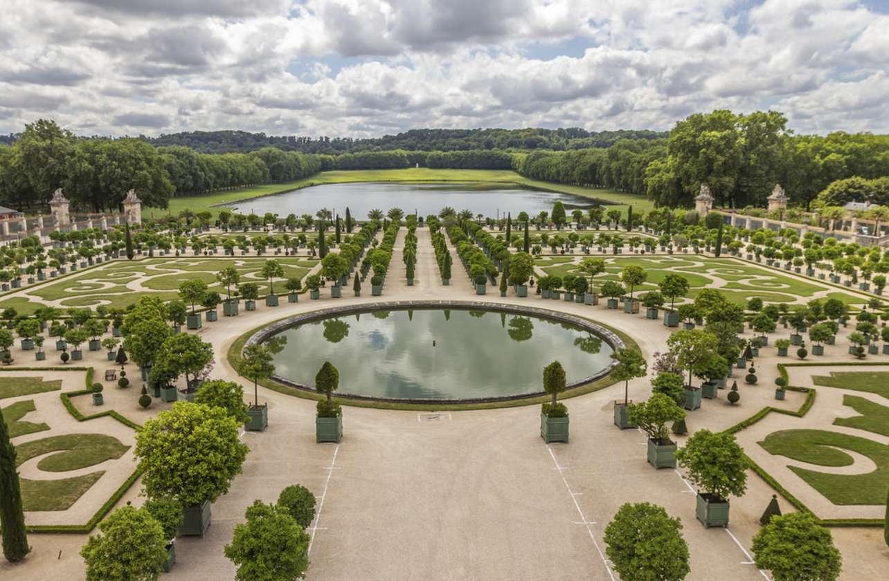 Versailles Palace and Gardens Tour