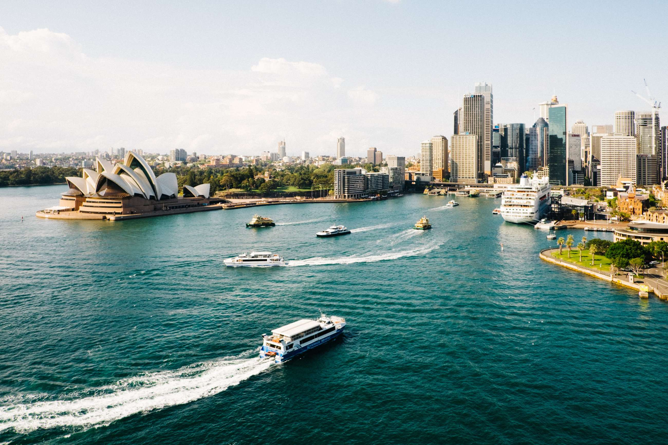 Sydney Private Tours and Sydney Small Group Tours