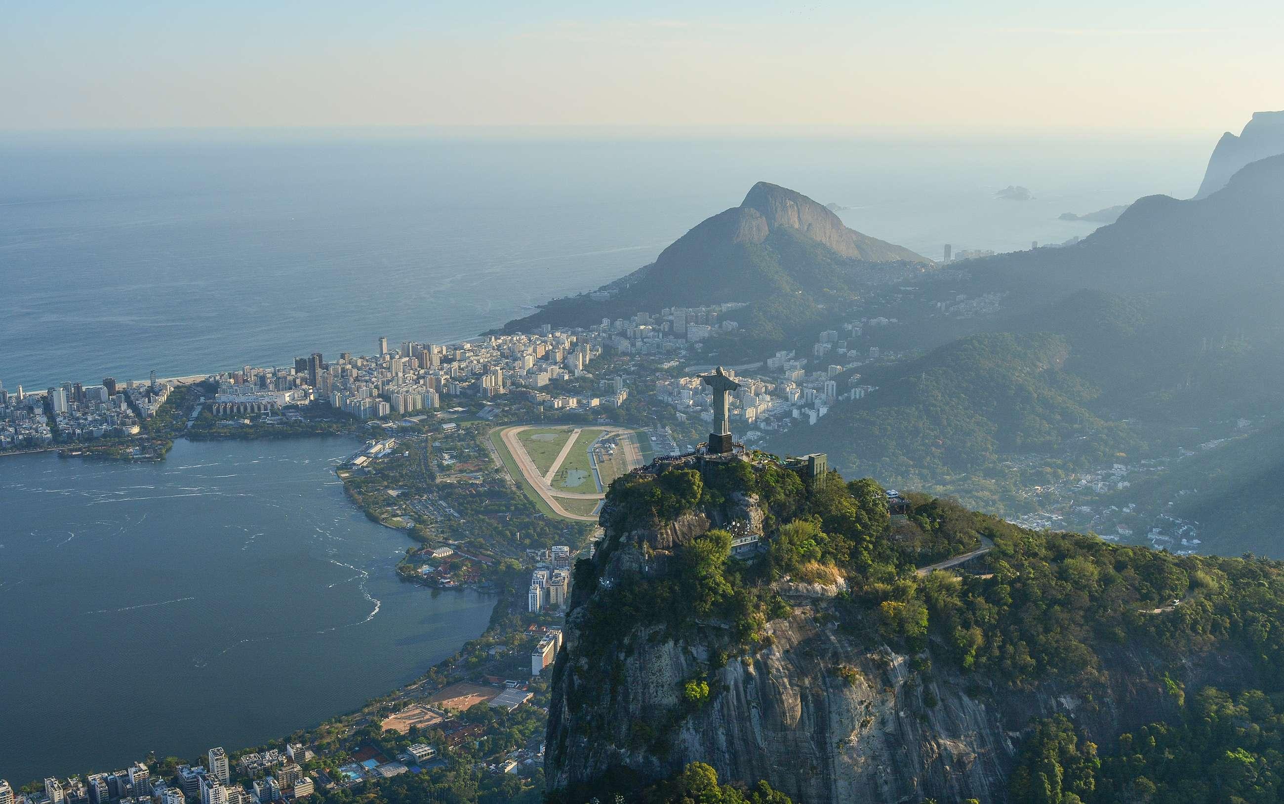 Rio de Janeiro Private Tours and Rio de Janeiro Small Group Tours