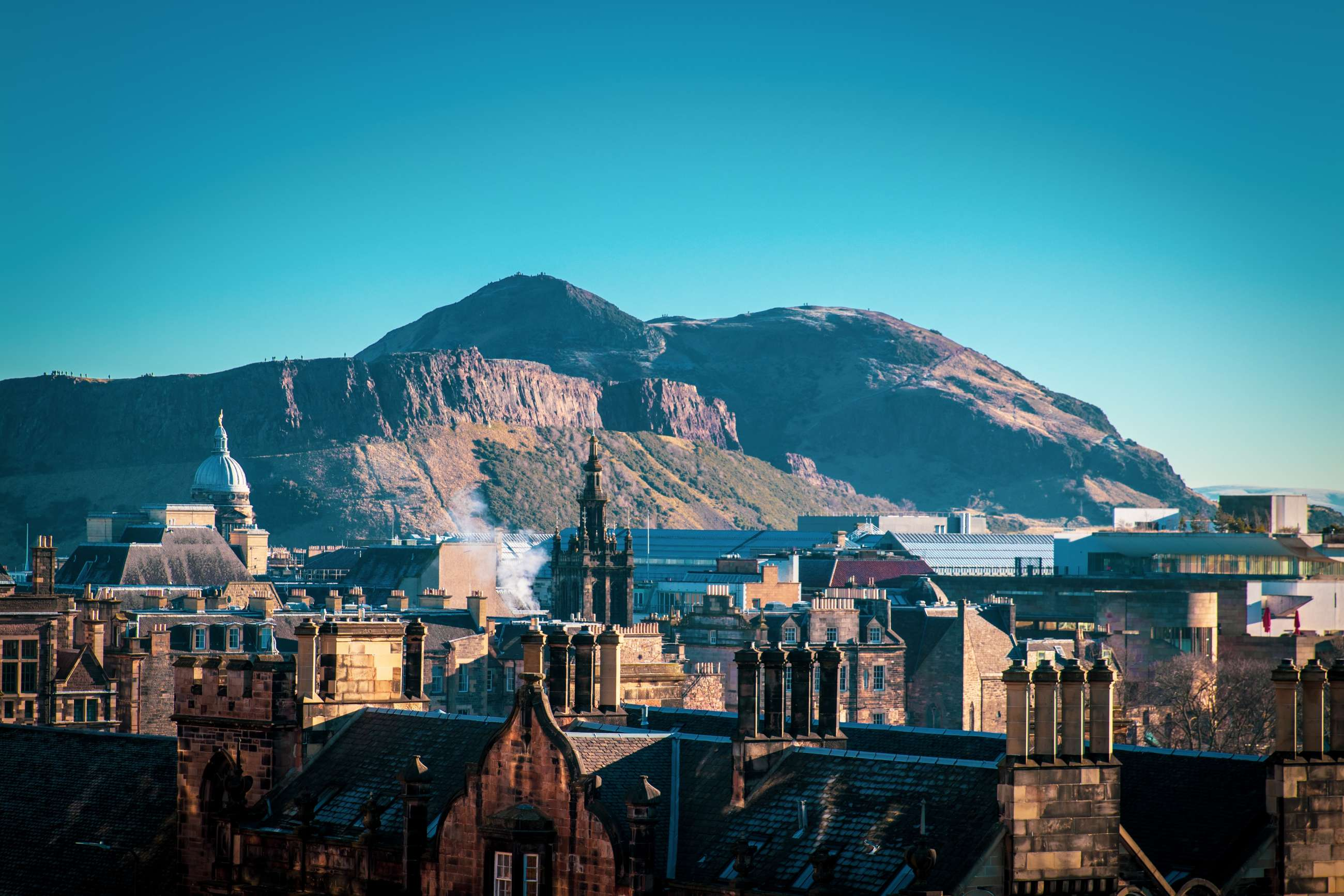 Edinburgh private tours and Edinburgh small group tours
