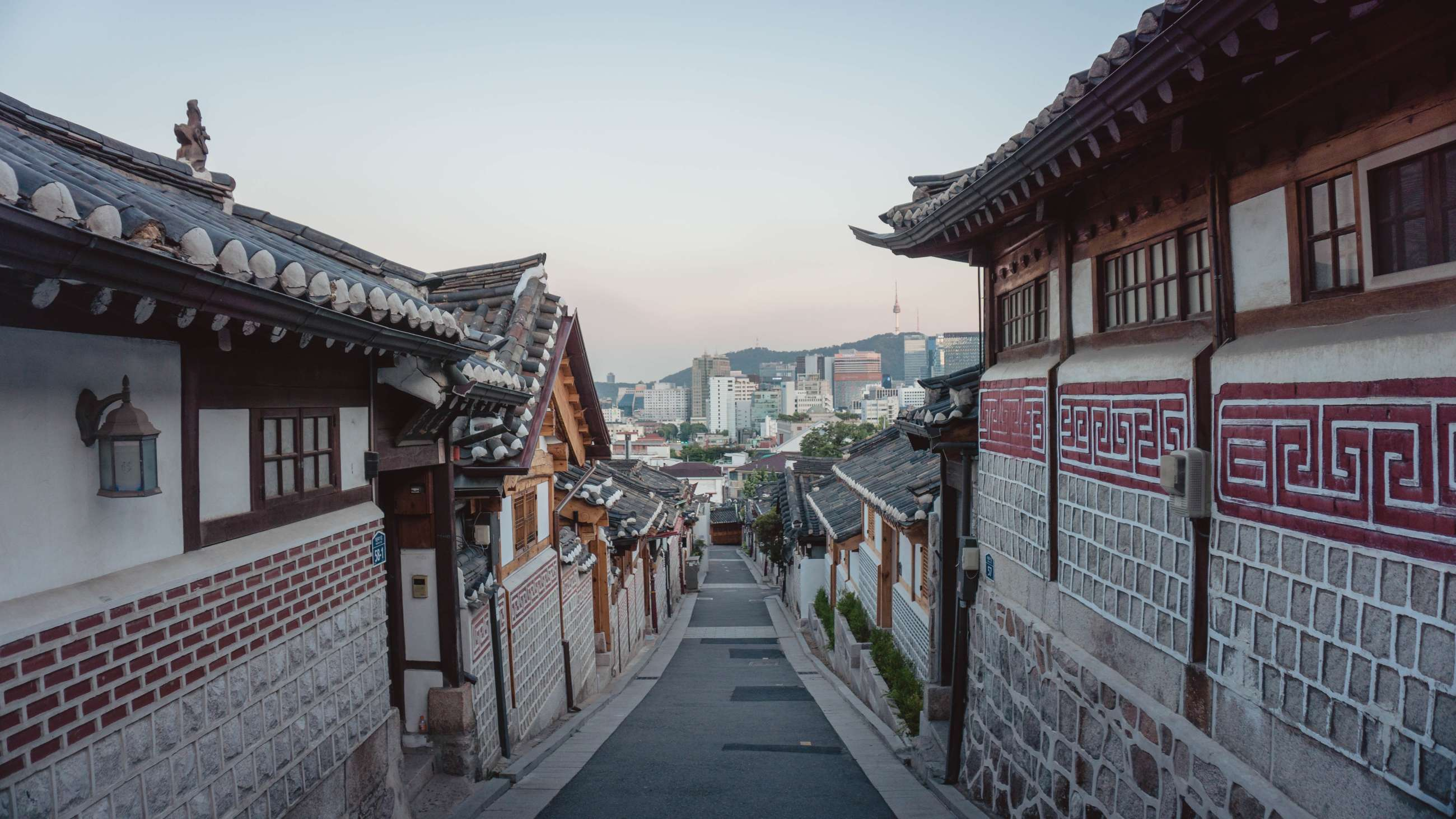 Seoul Private Tours and Seoul Small Group Tours