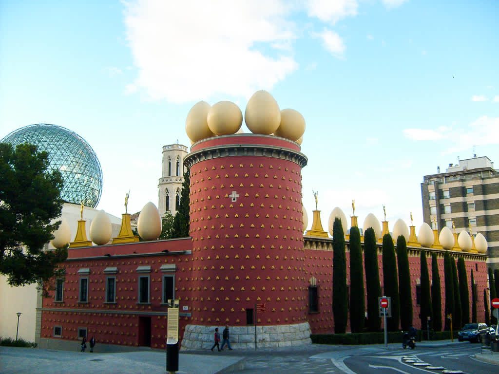 Museo Dali Barcelona.When Planning Your Trip To Spain Here S What You Need To Know About